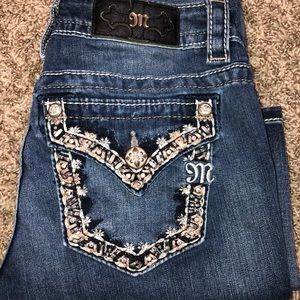 Miss Me Beautiful Size 26 Boot cut jeans 👖